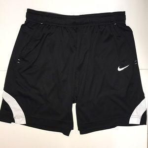 Women's medium Nike athletic shorts EUC